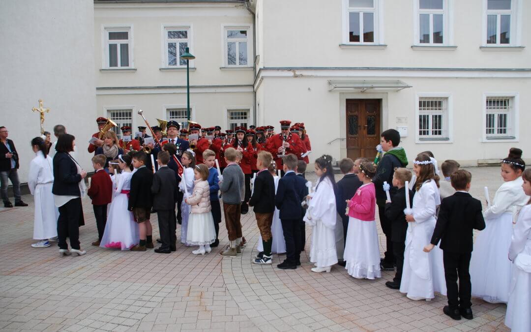 Erstkommunion der Landschacher Volksschule
